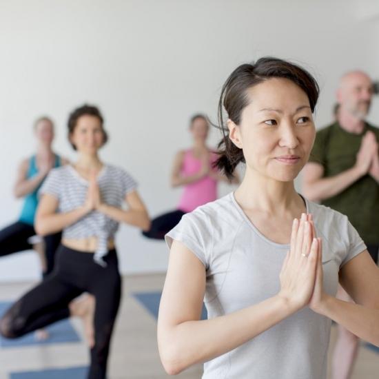 12. Dezember 2020 I 13:00-15:30 Uhr I Yoga Beginner Workshop mit Justine in Flingern