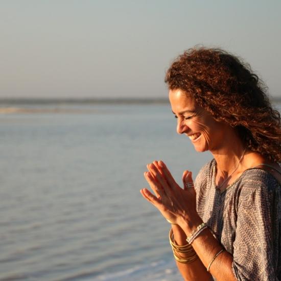Ausgebucht – 29. Dezember 2019 11-14h –  Yin Yoga und Jahresrückblick mit Saskia Schreiber / Flingern