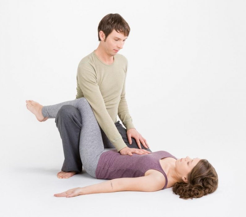 7. Juni|16:30-19:00Uhr mit Tobias Frank | Thai Yoga Workshop | Flingern